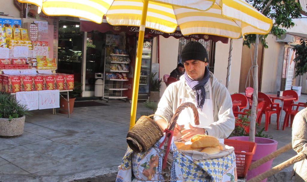 Frittularu in Palermo Il Capo market